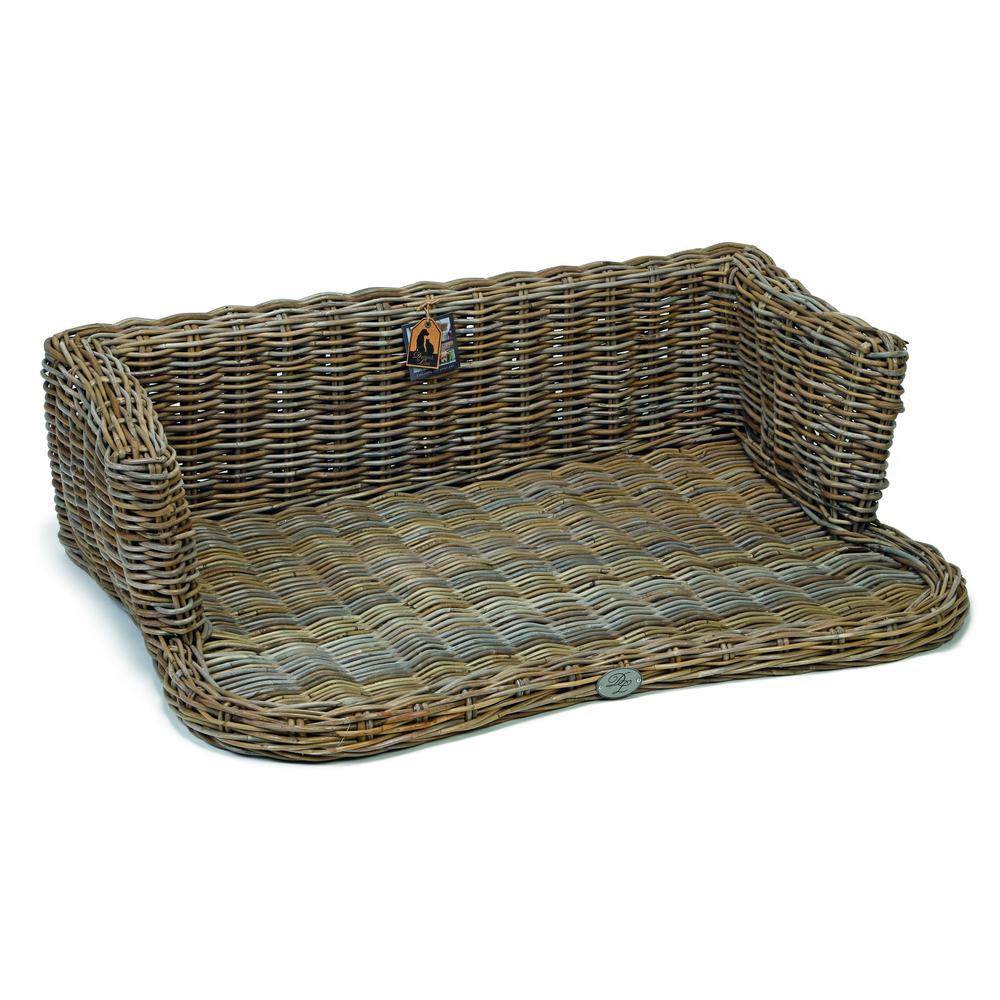 Rattan Hundesofa York Designed by Lotte von Designed By Lotte ...